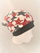 Beanie  weiss mit rot/schwarzen Sternen