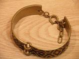 Bracelet signé M.BUFFET en bronze.