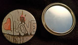 Badge miroir LOVE