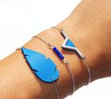 """bracelet """"Plum's"""", plume de cuir Bleu électrique, plaqué argent"""