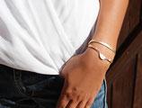 "bracelet ""WIYAKE"" multitours en cuir saumon brillant, plume argent"