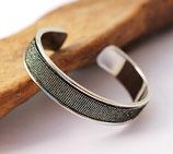 Bracelet jonc argenté 10 mm en cuir noir pailleté