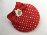 Polkadots Fascinator rot weiße Punkte mit roter Schleife und Gänseblümchen