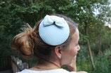 Hütchen hellblau, ivory Hutnetz, Doppelschleife
