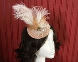 gold/ weißer Fascinator mit Hutnetz, Federn, 20er Jahre