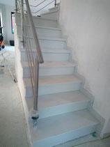 Treppenstufenbeläge aus dem Agglo Marmor Premium White