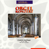Friedrich Storfinger an der Orgel des Doms zu Essen