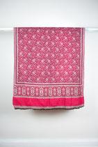 Pink.-.-.-.-.-নেপালি চাদর