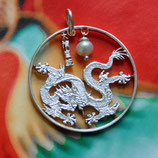 China Drache mit Perle