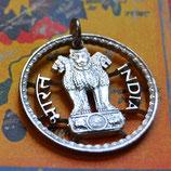 Indien Ashoka-Statue mit Schriftzug