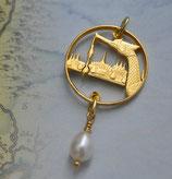 Thailand Königsbarke mit Perle