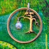 Finnland Baum mit Perle