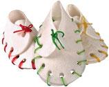 TRIXIE Kauschuhe, 10 Stück / 100g, 7 cm, getrocknete Rinderhaut, speziell für kleine Hunde + Welpen (100g / 3,99 €)