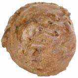 TRIXIE Kauball, getrocknete Rinderhaut mit Füllung - verschiedene Größen (100g ab 1,17 €)