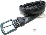 Fahrradreifen-Gürtel mit dunkelgrüner Schnalle.