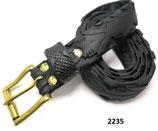 Fahrradreifen-Gürtel mit robuster Gürtelschnalle.