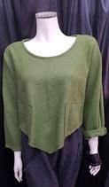 Pullover grün / kurz / spitz