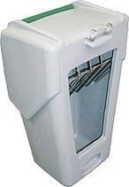 Patura Futterautomat Kunststoff für Kälberhütten - Lieferung FREI HAUS