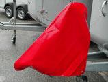 Abdeckhaube rot gross über Auflaufeinrichtung und Stützrad