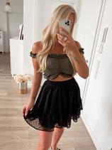 skirt 'on point'