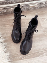 boots 'completely black'