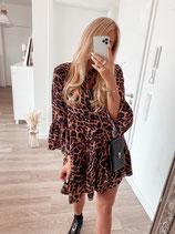 dress 'leo leo'