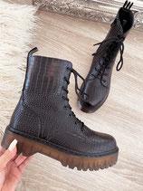 boots 'croco matt black vs brown'