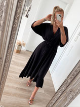 long dress 'black is back'