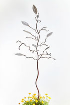 Birdfeeder tree with oval stainless steel leaves