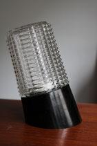 Applique en bakélite et verre moulé