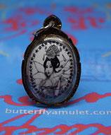 TF 30/04 Locket Amulet