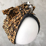 Turban Gepard gefüttert