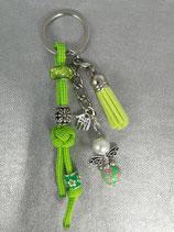 Schlüsselanhänger aus Paracord grün