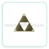 Charm mini - 009 - triángulo 3 agujeros C33285  ( 10 unidades)