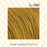 Cordón macramé extrafino 0,5mm  (5 metros) Color dorado