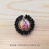 Producto Acabado - Medalla religiosa - Virgen del Carmen redonda dorado bordado negro