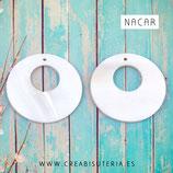 Concha en forma de círculo con agujero-  nácar - estilo flamenca Grande 30mm aprox. (10 unidades)