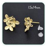 Pendiente base 3 florecillas dorado (Un par) C09331