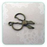 Charm costura - tijeras vintage redondas bronce CHAOOO-C02654 (10 unidades)