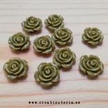 Cabuchón Resina flor verde oliva 14mm (20unid) C26128