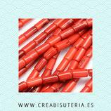 Abalorios Coral rojo tubo 4x8mm (tira de 50 unidades aprox.)