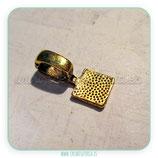 Util- Soporte para colgante base oro viejo cuadrada  ACCOTR-P19388 (10 unidades)