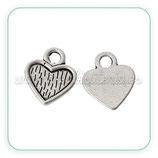 Charm corazón plateado bordecito mini  C42757 (15 unidades)