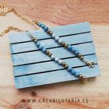 Producto acabado - Cordón para mascarilla modelo cadena dorada y abalorios en tonos azules y latón