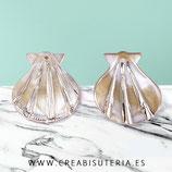 Concha de vieira sintética de resina color natural  y dorado (4 unidades) PVIEIRA31