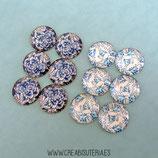 LOTE ÚNICO - Cabuchones en tonos azules floreados nacarados (6 pares)