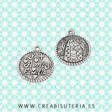 """Charm medalla """"virgencita plis cuida a todos y más a mi familia""""  (10 unidades)"""