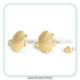 Pendiente base concha de mar dorado mate C949 (1 par)
