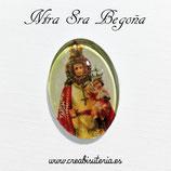 Cabuchón Cristal Religión - Ntra Sra de Begoña (manto rojo)