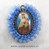 Producto Acabado - Medalla Virgen del carmen bordada con cristal checo facetado en tonos azules